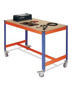 mesa de trabalho com rodas