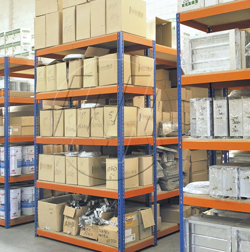 Metal Point Plus metal shelving for higher loading capacities